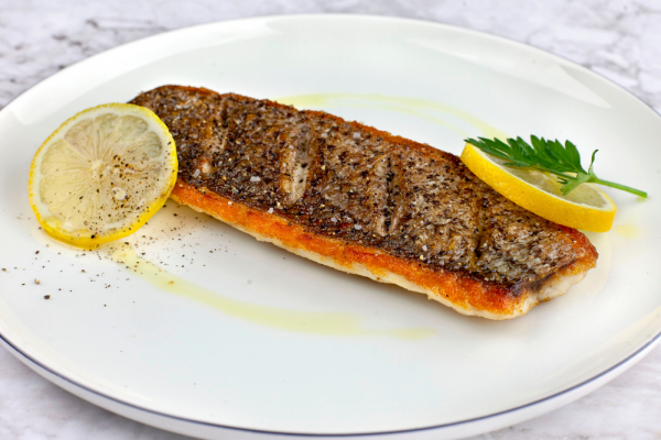 Pan Seared Sea Bass With Lemon