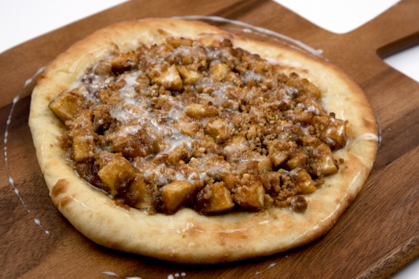 Caramelized Apple Crumble Pizza