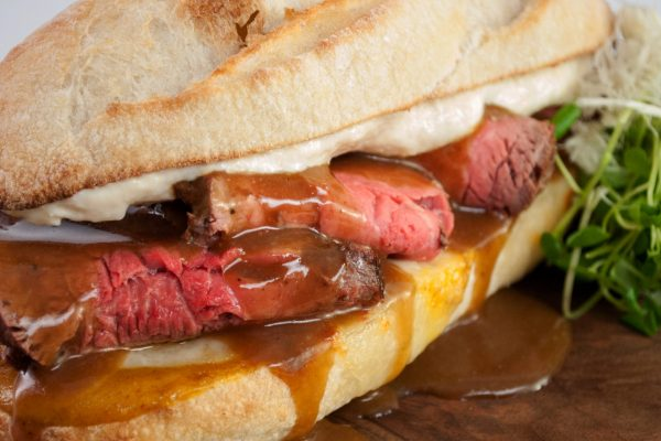 AIFA_2052_Lauren_Roast Beef ip with Horseradish Sauce_horizontal_1