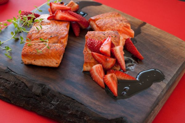 |seared salmon and strawberries