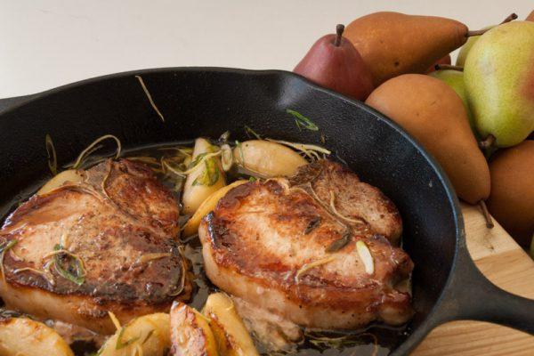 |T-Bone Pork Chops in Pear Sauce