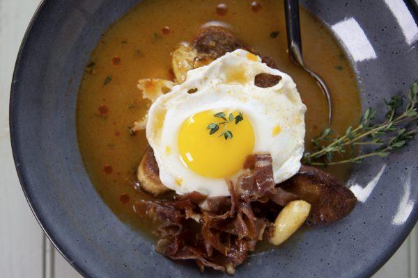 Latin Kitchen_1007_SPA_Sopa de Ajo_horizontal_2