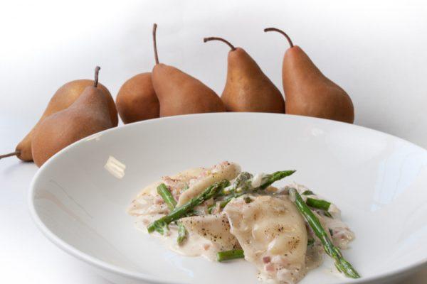 |Pear and ricotta pasta pockets