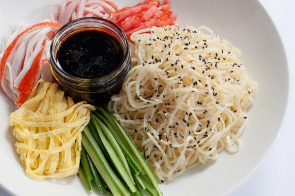 OWK_2036_Cold Ramen Salad_horizontal_ver1