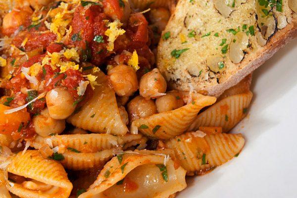 OWK_2043_Pasta with Chickpeas_horizontal_ver1
