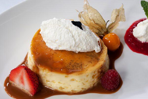 OWK_2049_Vanilla Custard with Dulce De Leche and Whipped Cream_horizontal_ver1