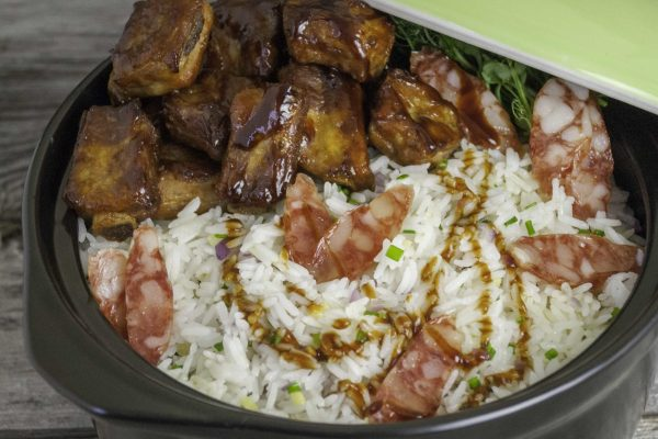 OWK_3058_Clay Pot Rice with Pork Ribs_horizontal_1