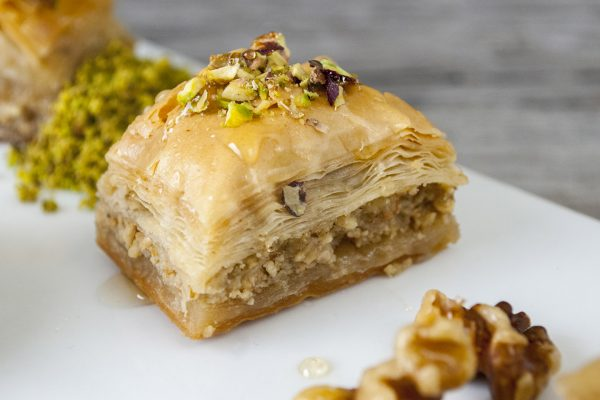 OWK_3079_Phyllo Pastry with Nuts_horizontal_1
