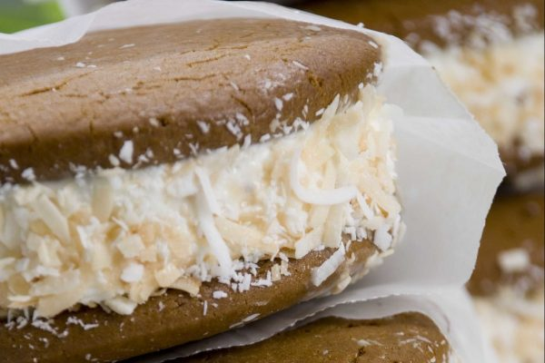 Quick and Snappy Ginger Lemon Ice Cream Sandwiches from Road Grill