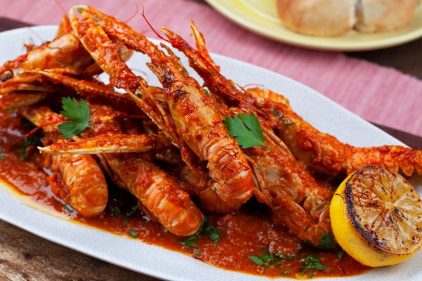 Spicy Tomato Scampi (Scampi Alla Busara)