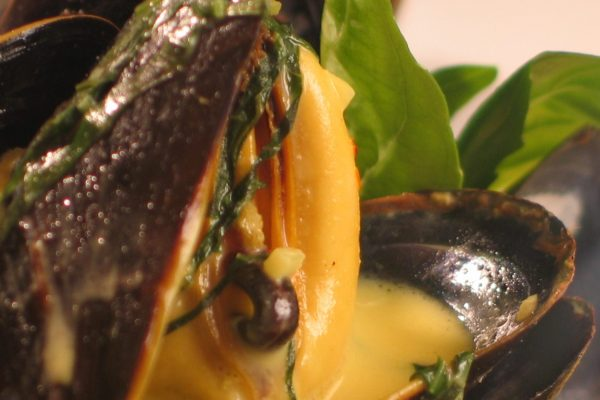 Mussels with Dijon and Saffron Sauce