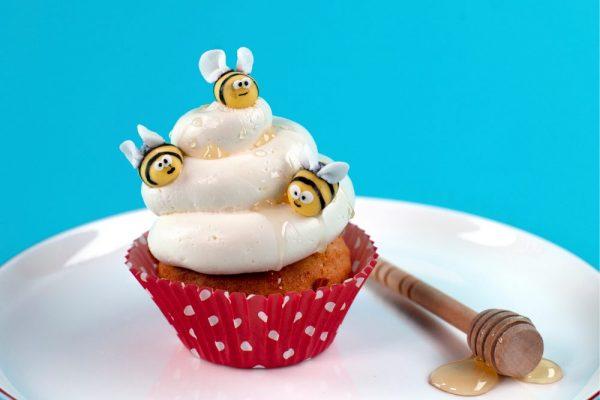 Sweet Bee Cupcakes
